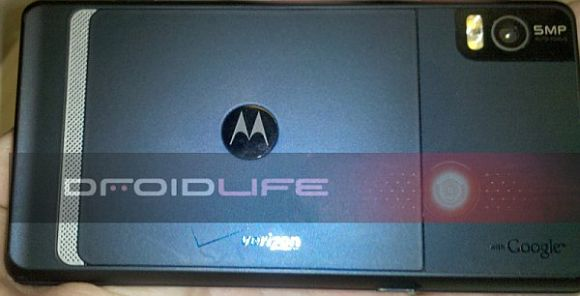 Motorola Droid 2 leaked photos and videos