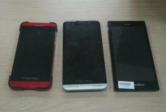 Upcoming entry level BlackBerry Z3 spotted side by side with Z10 and Z30