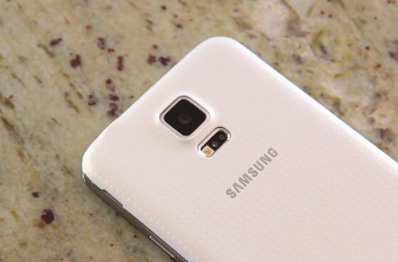 VIDEO: Galaxy S5 goes through another drop test and gets run over by a Tesla Model S