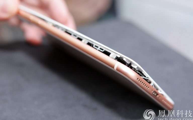There are incidents of iPhone 8 Plus batteries swelling up