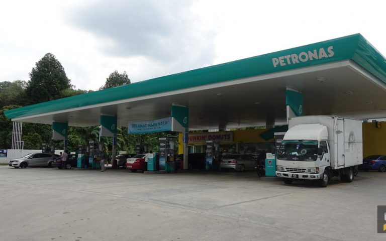 Here's how you can find petrol stations with Euro 5 Diesel on your smartphone