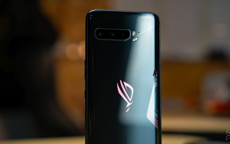Asus highlights why you shouldn't buy an imported ROG Phone 3 from China