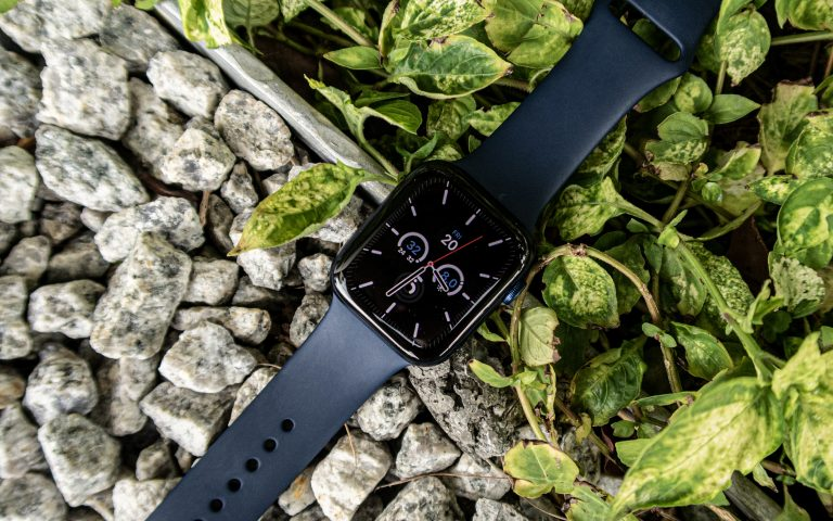 Apple Watch Series 6 review: Not a challenger in sight