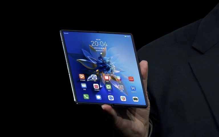 HarmonyOS will officially debut on the Huawei Mate X2 in April 2021